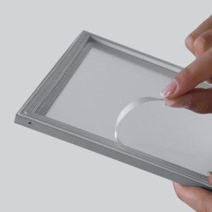 Moldura Magnética